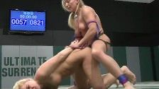 Horny Blondes In The Arena :- Xvideos gratis.