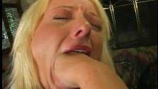 Blond Melissa Gets A Brutal Treatment : Sexo gratis.